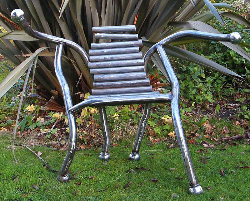 Boule Chair - Modern metal furniture